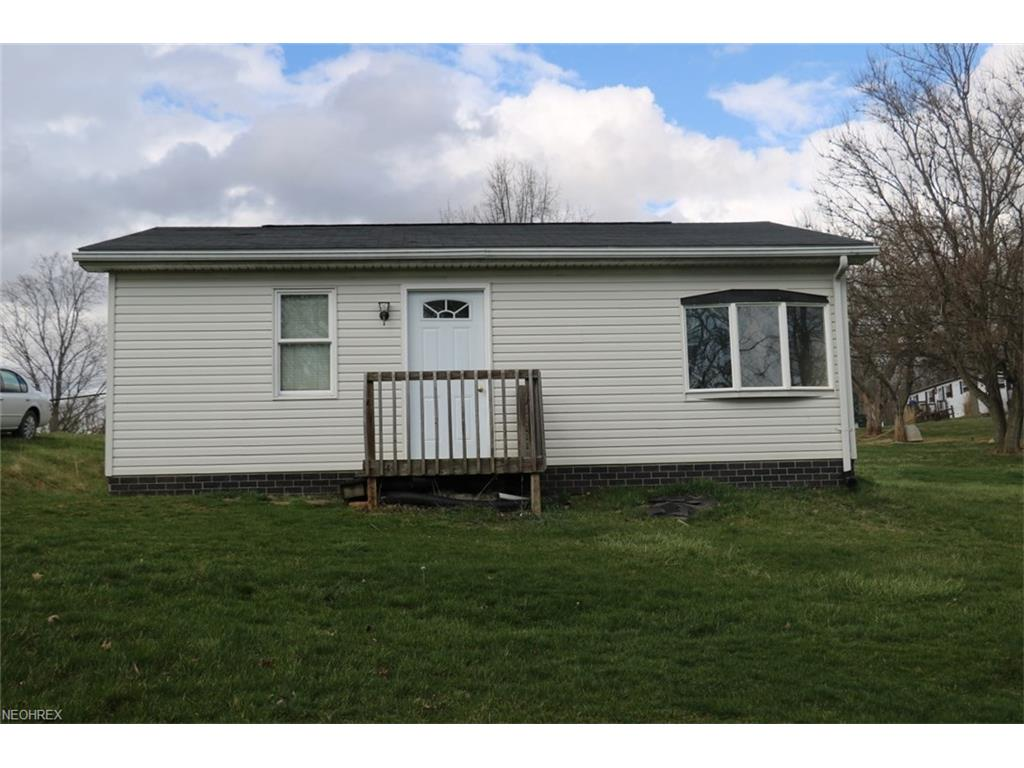115 Robins Rd, Senecaville, OH 43780