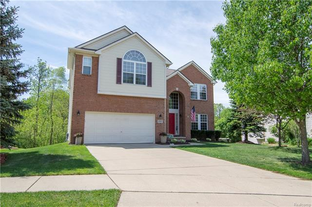 4942 WHITE TAIL CRT, Commerce Twp, MI 48382