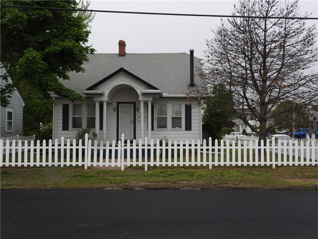 108 York AV, Pawtucket, RI 02860
