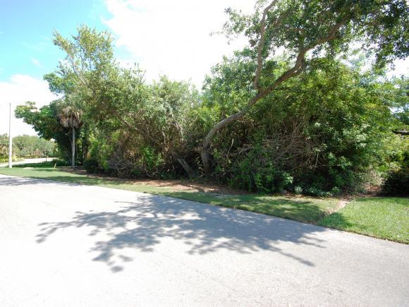 355 HIDEAWAY, MARCO ISLAND, FL 34145