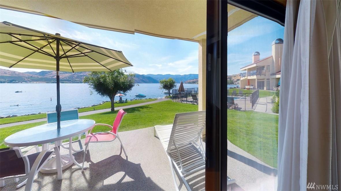 100 Lake Chelan Shores Dr 11-3, Chelan, WA 98816