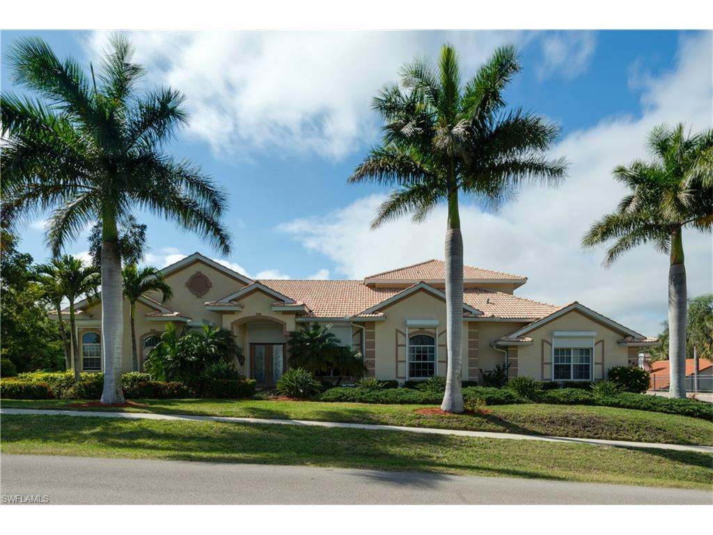 640 Inlet DR, MARCO ISLAND, FL 34145