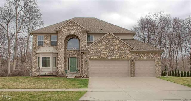 56196 HIDDEN CREEK, SHELBY TWP, MI 48316