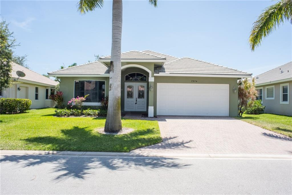 7974 SE Hempstead Circle, Hobe Sound, FL 33455