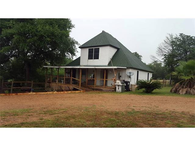 178 Ann Powell Rd, Smithville, TX 78957