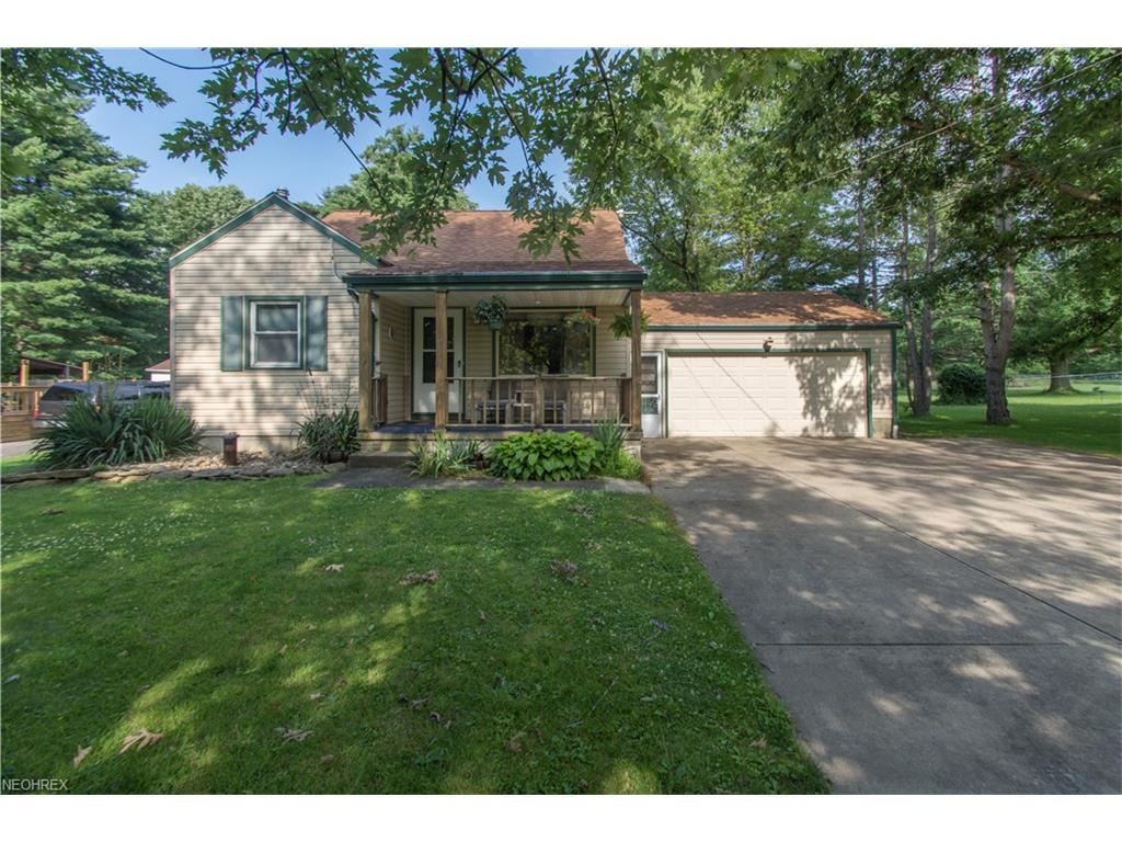 3255 Franklin Ave, Hubbard, OH 44425