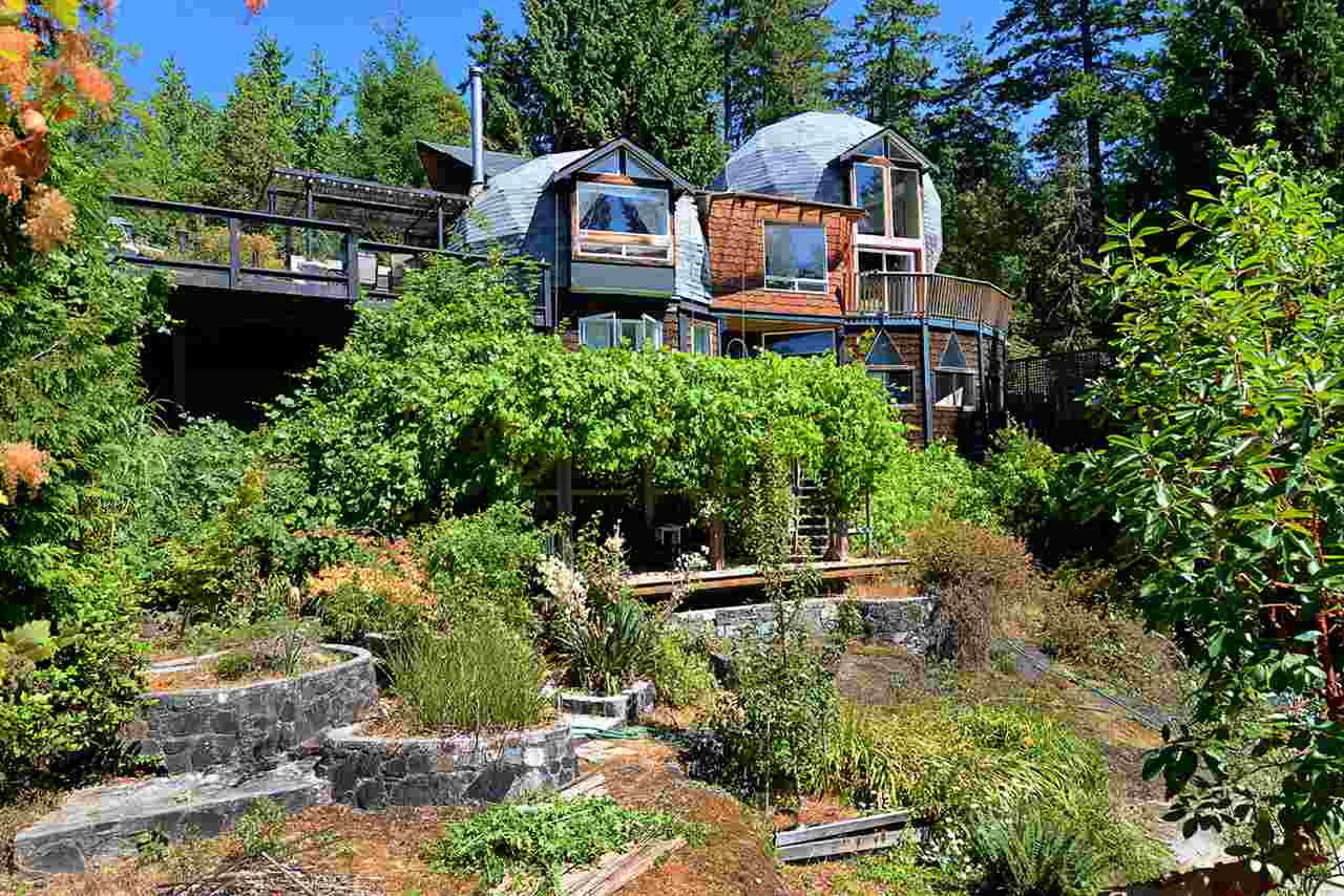 6758 SUNSHINE COAST HIGHWAY, Sechelt, BC V0N 3A8