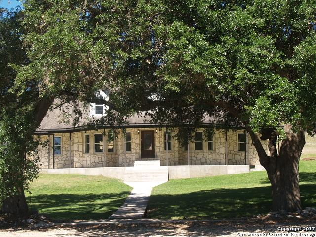 8008 GARDEN OAKS DR, Garden Ridge, TX 78266