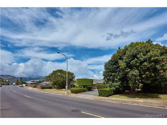 937 Hunakai Street, Honolulu, HI 96816