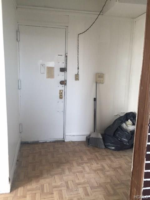 1027 Leggett Avenue 2D, Bronx, NY 10455