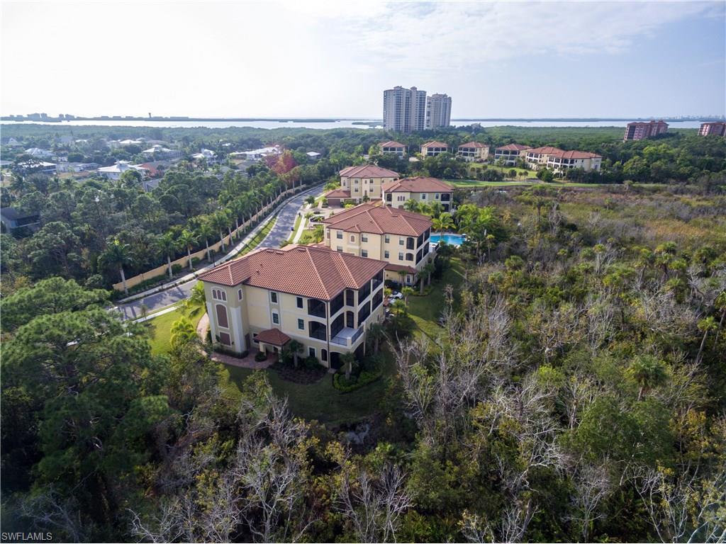 4700 Colony Villas DR 1003, BONITA SPRINGS, FL 34134