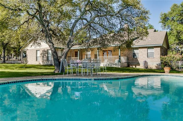 721 Ranchview Dr, Johnson City, TX 78636