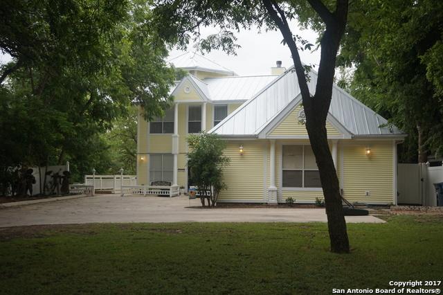 832 Albert St, New Braunfels, TX 78130