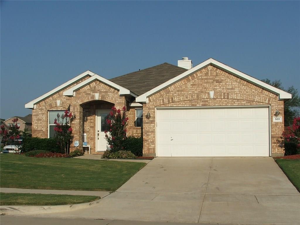 501 Angela Lane, Euless, TX 76039