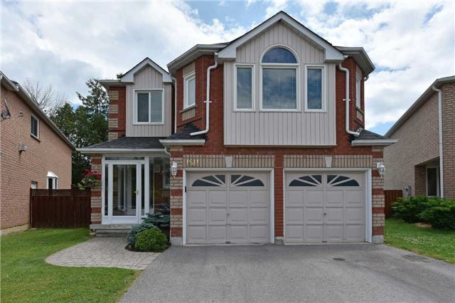 1511 Sandhurst Cres, Pickering, ON L1V 6Y6