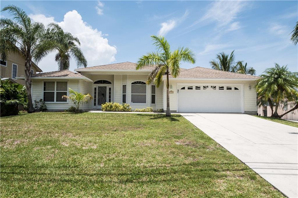 1729 SW Dyer Point Road, Palm City, FL 34990