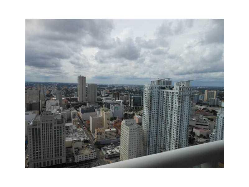 50 Biscayne Blvd 4207, Miami, FL 33132
