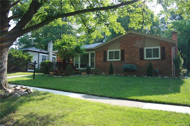 1378 MAPLE Drive, Rochester, MI 48307