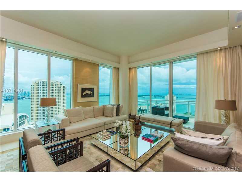 900 Brickell Key Blvd 2704, Miami, FL 33131