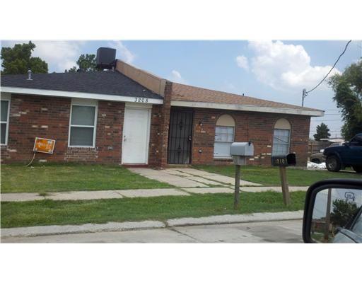 3208 DANIEL Drive, Violet, LA 70092