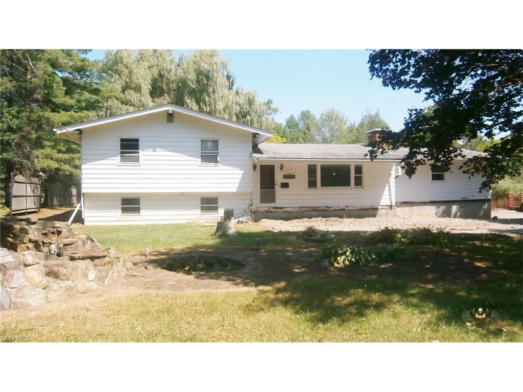 78 Thwing Rd, Chardon, OH 44024