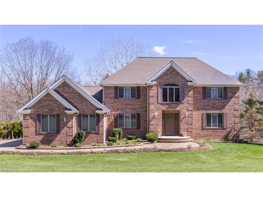 12971 Sperry Rd, Chesterland, OH 44026