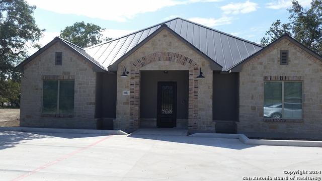 8135 WHISPER OAK, Garden Ridge, TX 78266