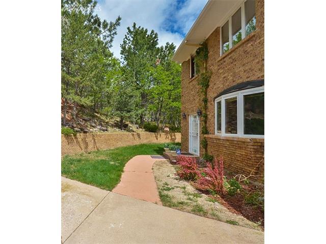 702 Southern Cross Place, Colorado Springs, CO 80906