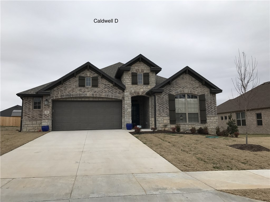 1405 Crestwood Hills LN, Cave Springs, AR 72718