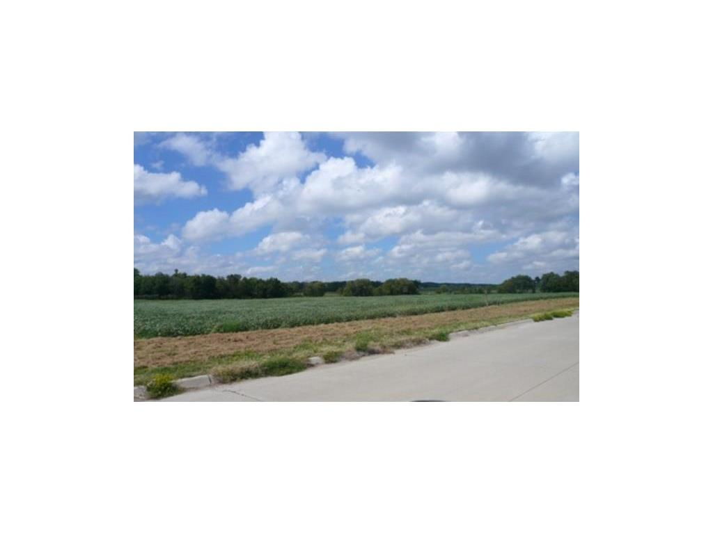 745 VERNON VALLEY Drive SE, Cedar Rapids, IA 52403