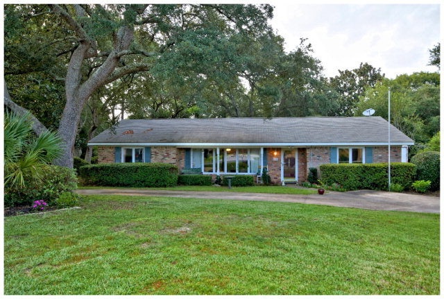 608 Forestwood Drive, Gulf Shores, AL 36542