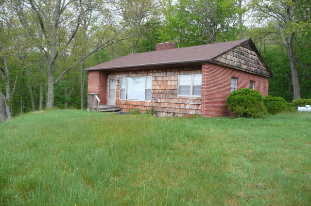 280 Ralph Gwaltney Rd, Banner Elk, NC 28604