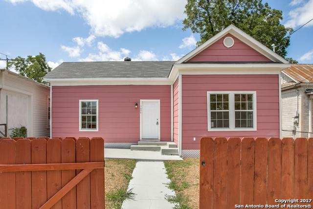 1604 W SALINAS ST, San Antonio, TX 78207