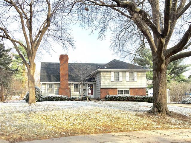 4822 W 80th Street, Prairie Village, KS 66208
