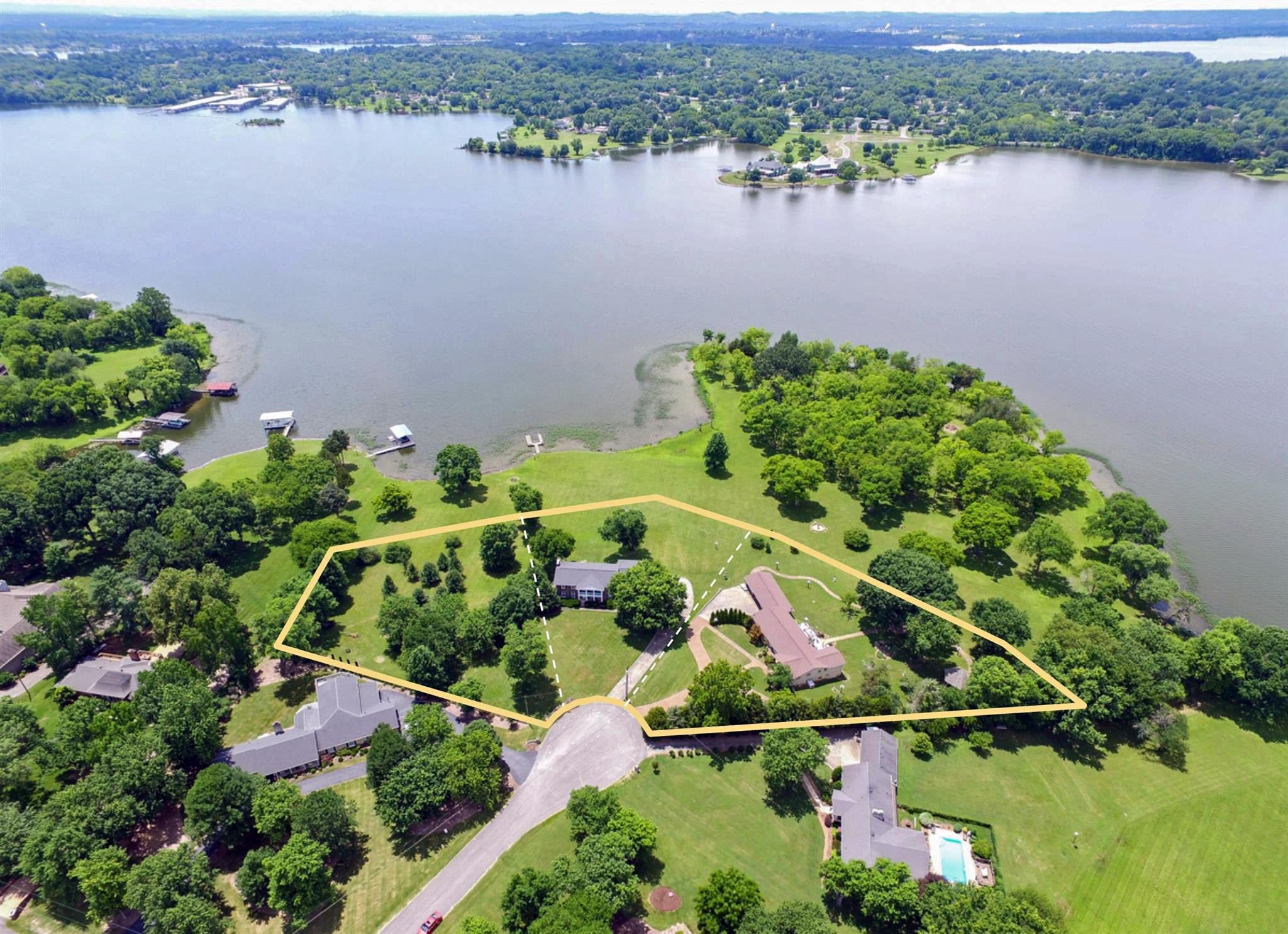 106 Lake Terrace Ct, Hendersonville, TN 37075