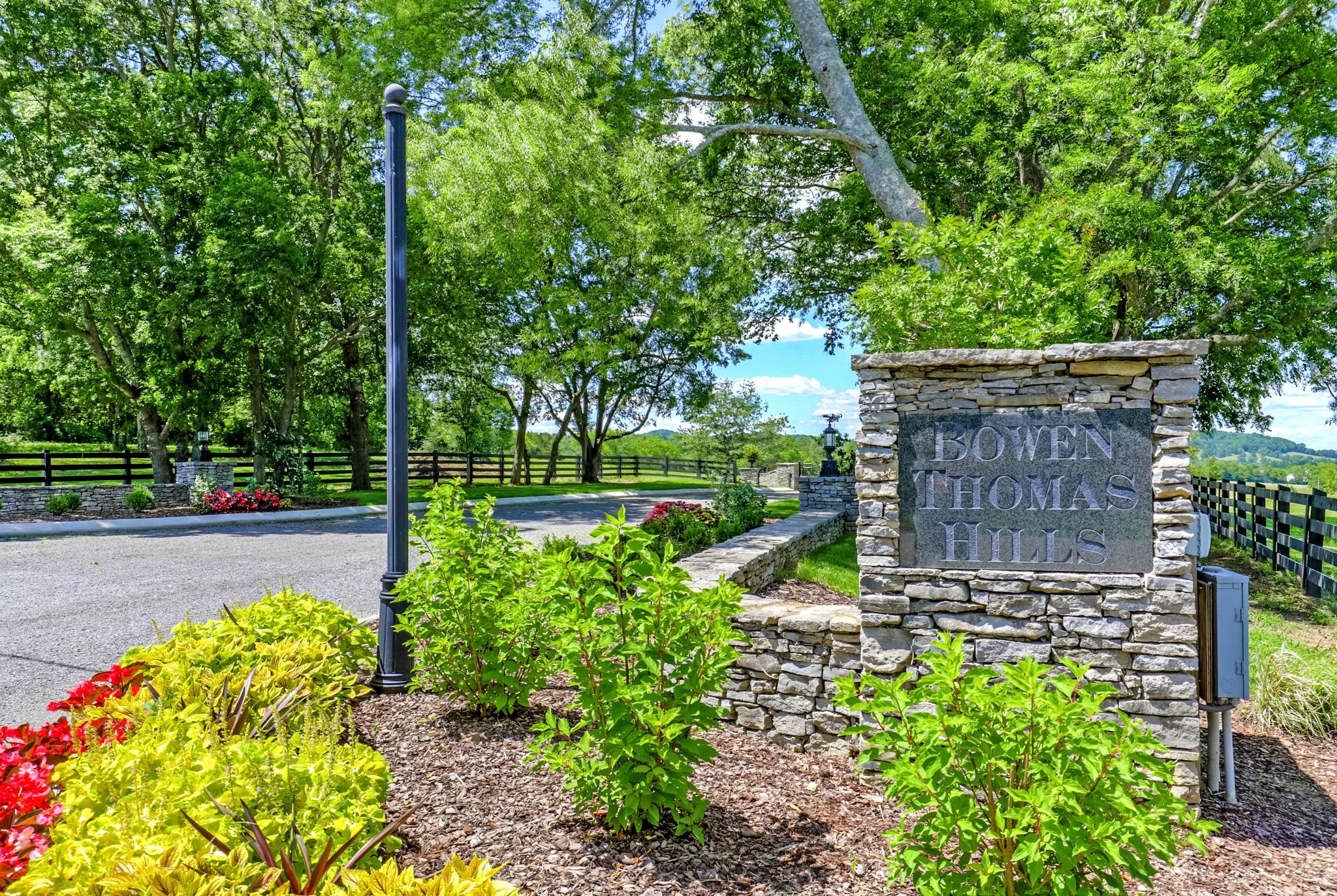 378 Magnolia Lane, Readyville, TN 37149