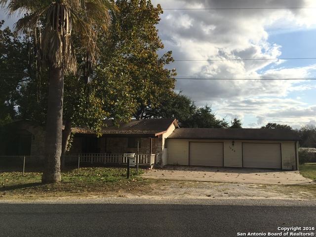 1050 N Addison St, San Antonio, TX 78264
