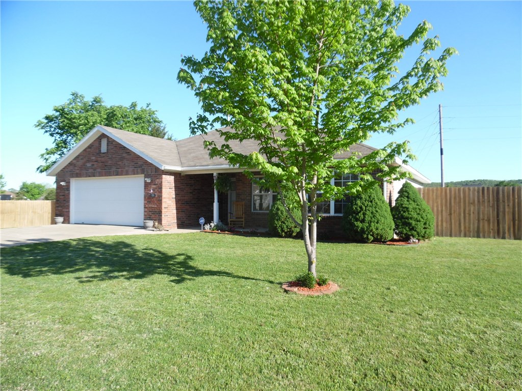 1360 Fox Trail DR, Elkins, AR 72727