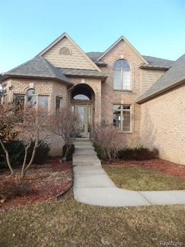 7163 NEEDLE POINT DR, Shelby Twp, MI 48316