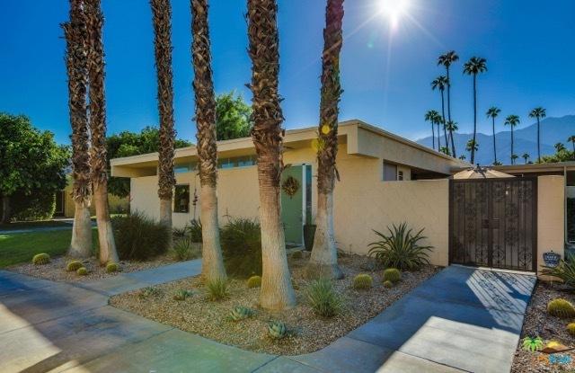 338 Desert Lakes Drive, Palm Springs, CA 92264