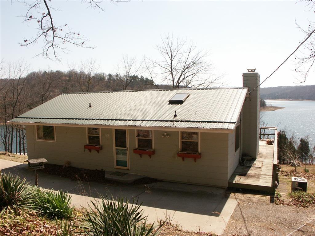 1323 Highland Park DR, Eureka Springs, AR 72631