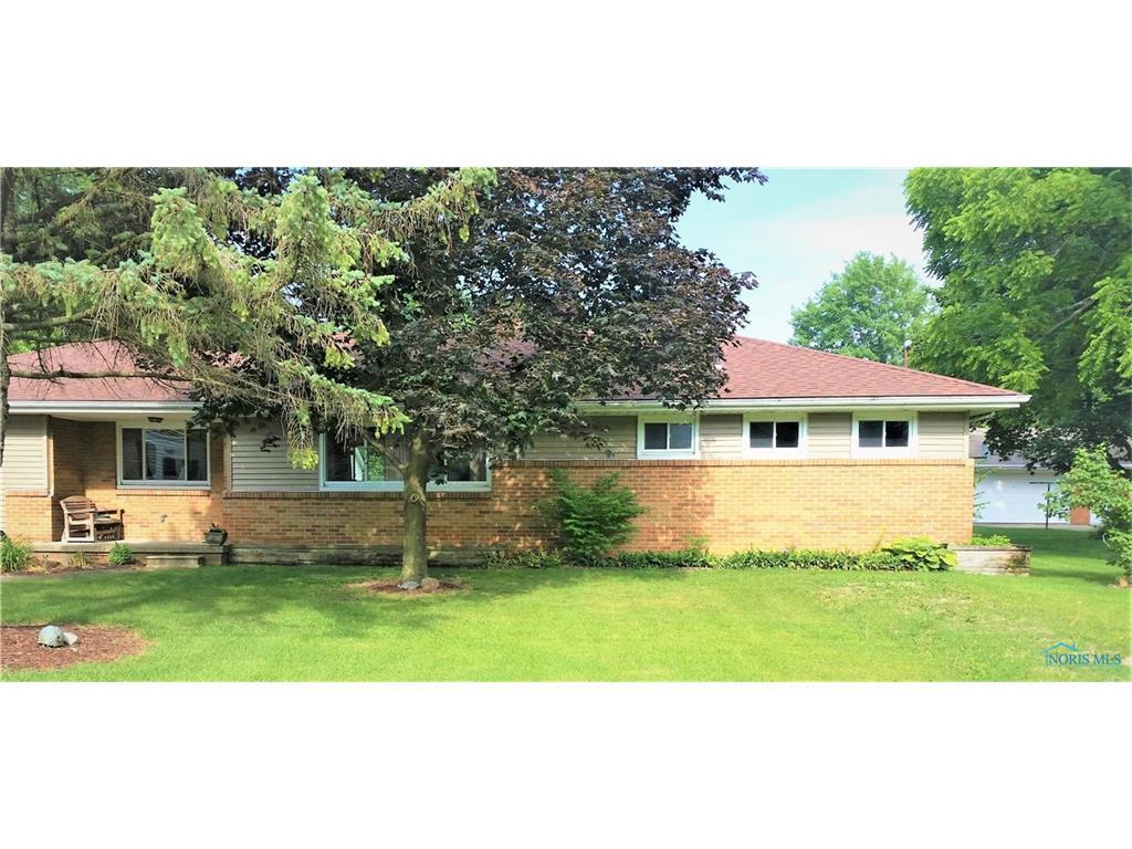 28540 Snyder Drive, Millbury, OH 43447
