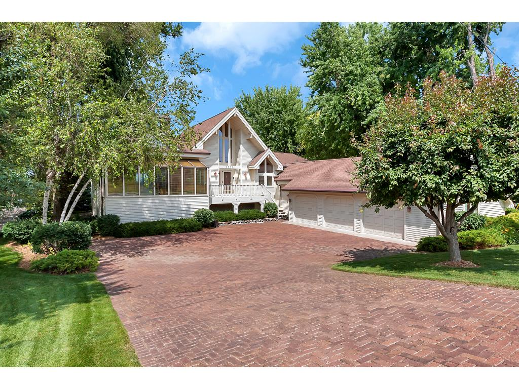 9918 91st Street NW, Annandale, MN 55302