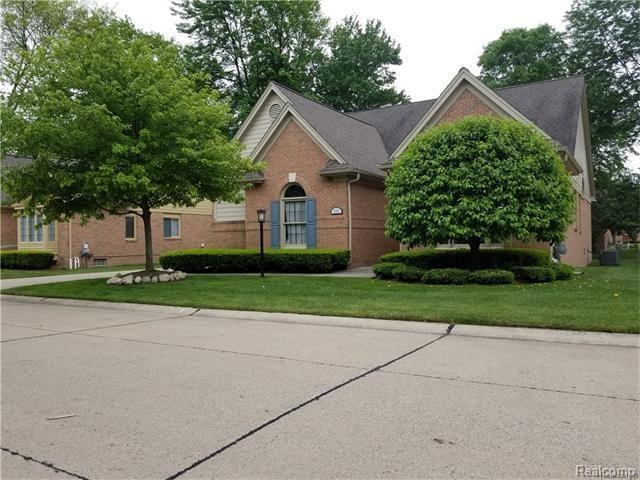 1151 BLUEBIRD Drive, Rochester Hills, MI 48307