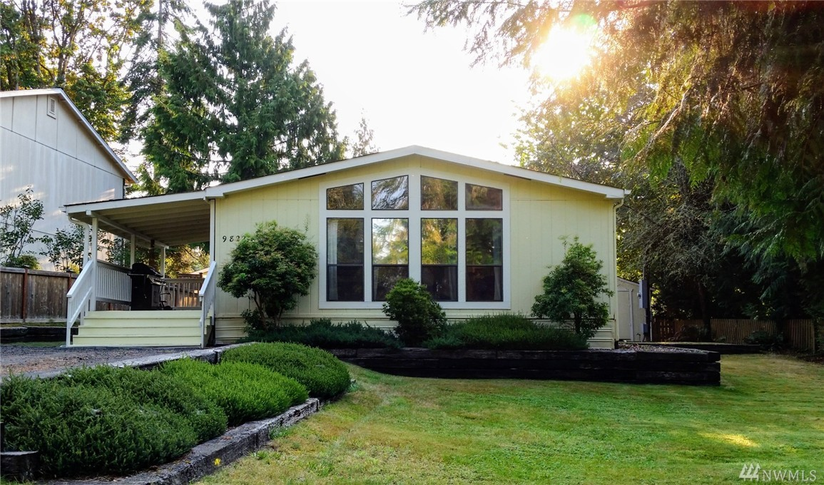 9822 Channel Dr NW, Olympia, WA 98502