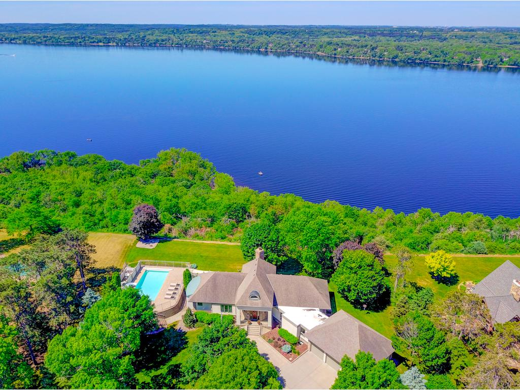 1856 River Ridge Road, Hudson, WI 54016