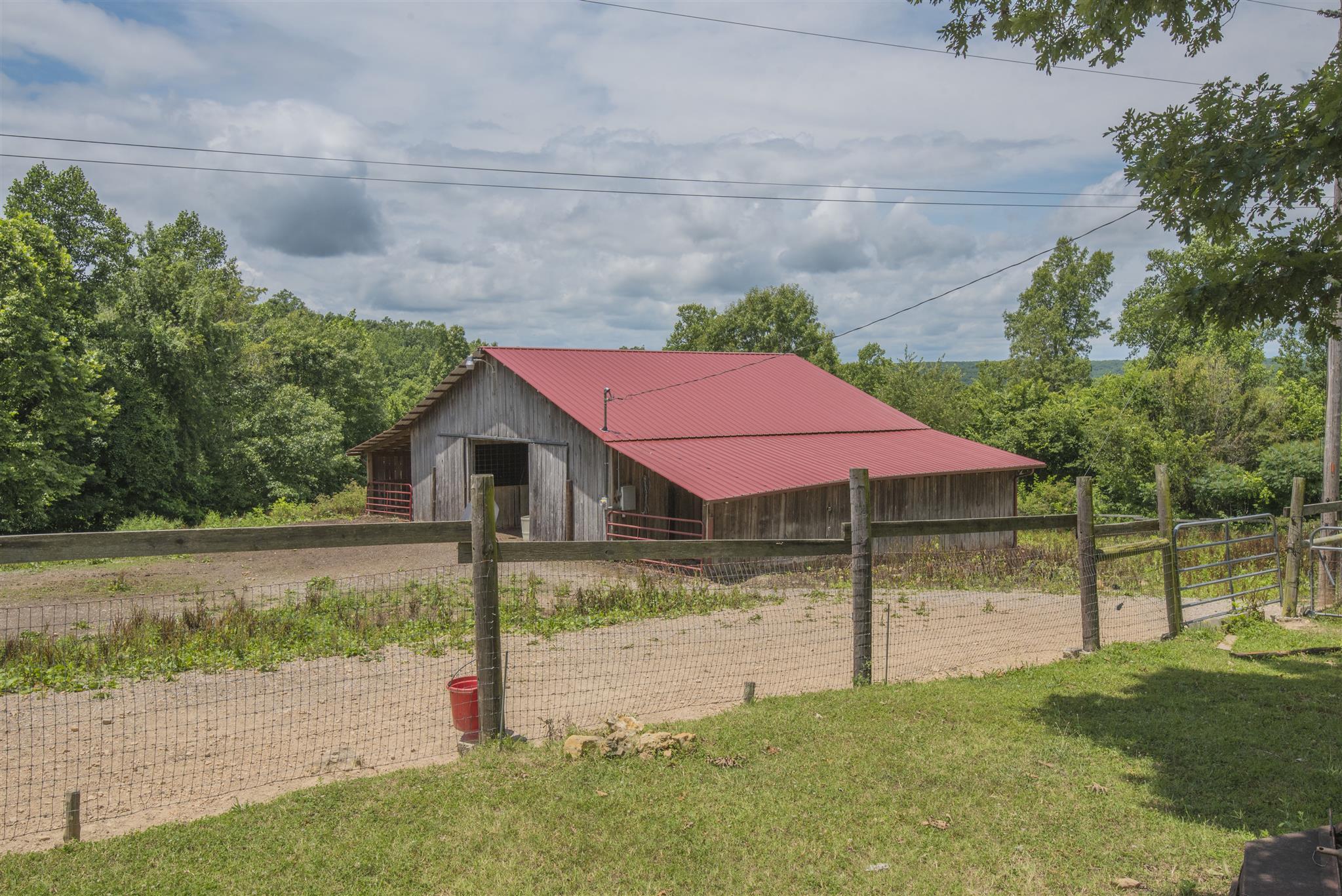 1090 Ridgecrest Dr, Kingston Springs, TN 37082