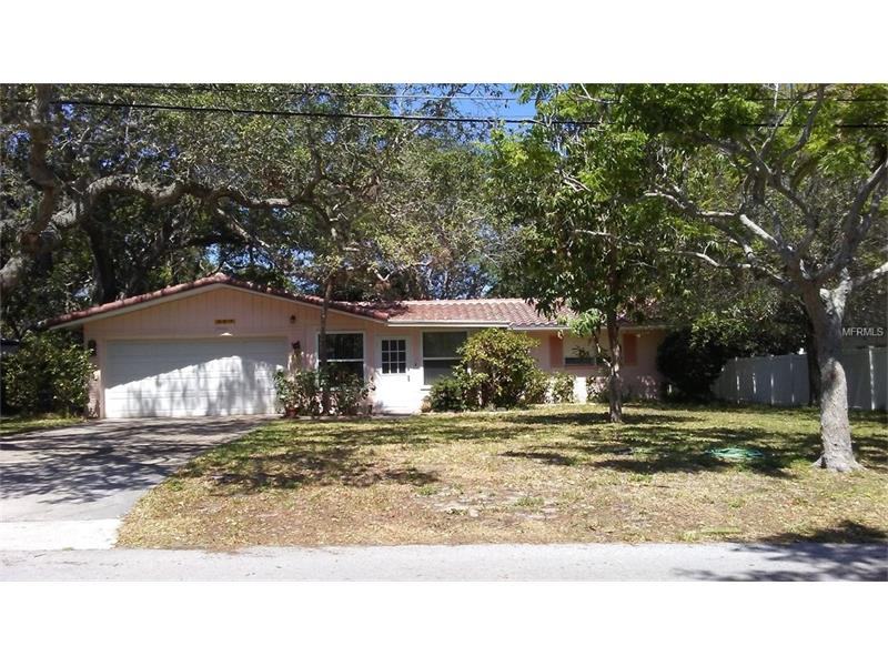 207 LAGOON DRIVE, PALM HARBOR, FL 34683