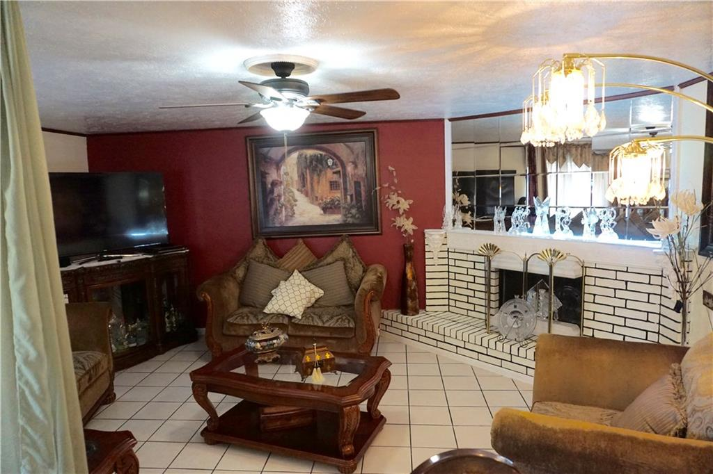 Photo 5 for Listing #13622875
