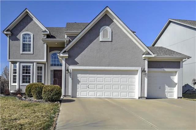 15452 S Hillside Street, Olathe, KS 66062